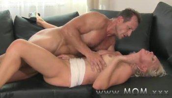 White MILF love fucking BBC homemade porn video