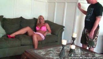 Courtney Dakota steals her daughters boyfriend!